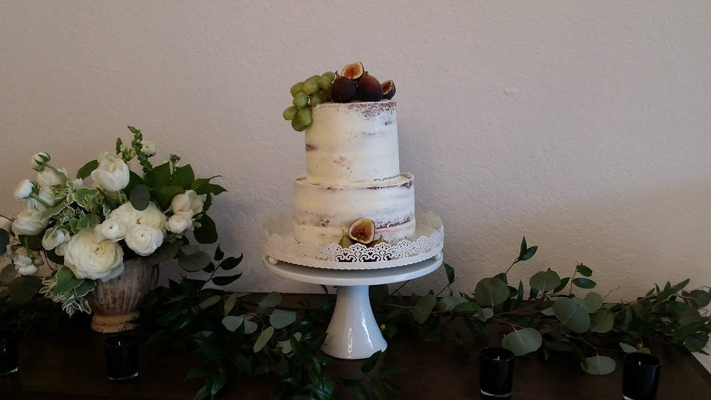 Semi Naked Rum Cake with Figs and Grapes