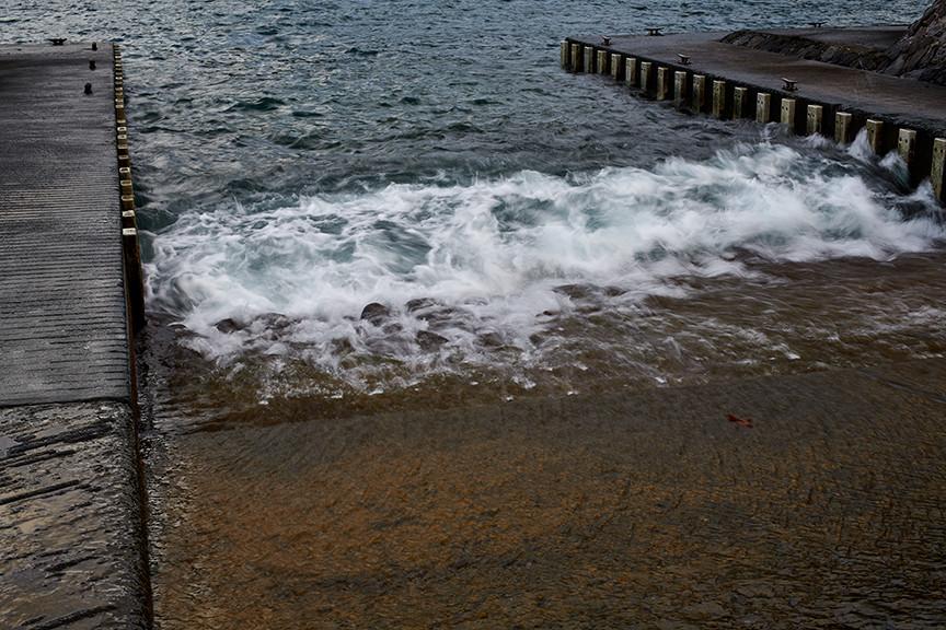 Hawaii Waves 17