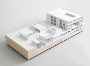 Studentenprojekt Modell, Modell in Maßstab 1:200, Modell Materialien: Polystyrol, Holz