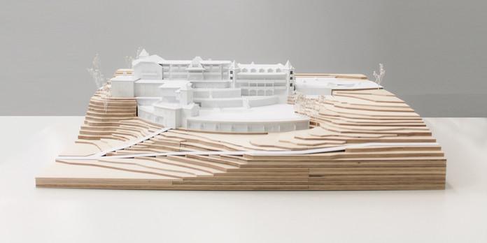 Architekturmodell in Maßstab 1:200, Modell Materialien: Holz, Polystyrol