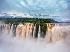 Tapshanov - Iguazu, Argentina