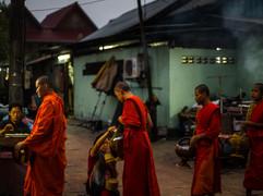 Tapshanov - Luang Prabang, Laos
