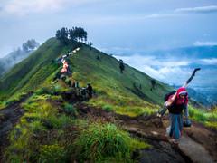 Tapshanov - Mount Rinjani, Lombok, Indon