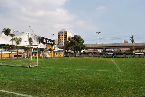Servicios_Cancha de Futbol.jpg