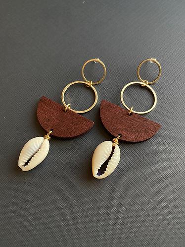 Tierra con Cowrie Earrings, set