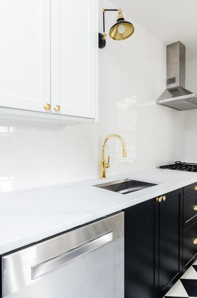 White Quartz with undermount sink