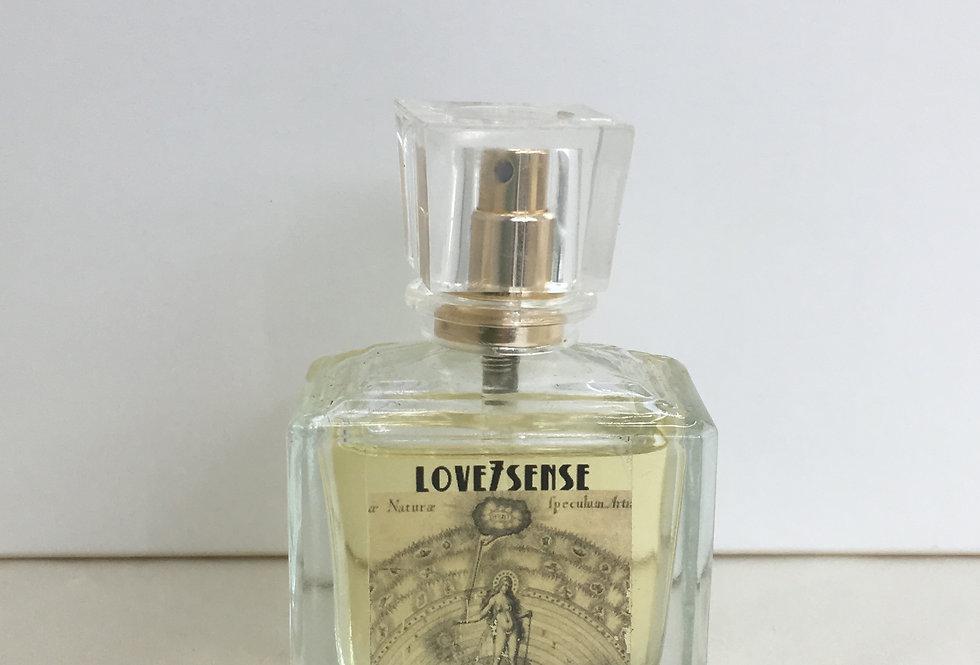 神聖女性香水