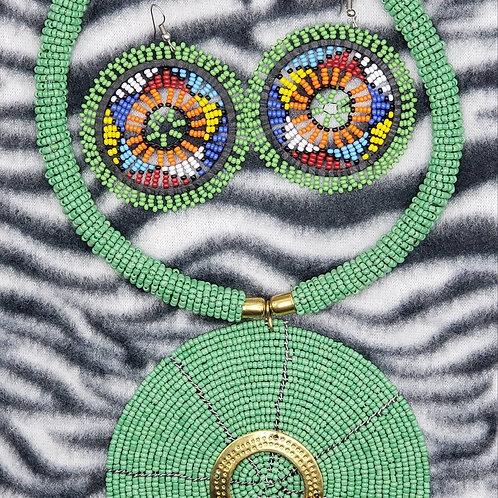 Beaded Necklace Set (Green/Brass/Multi)