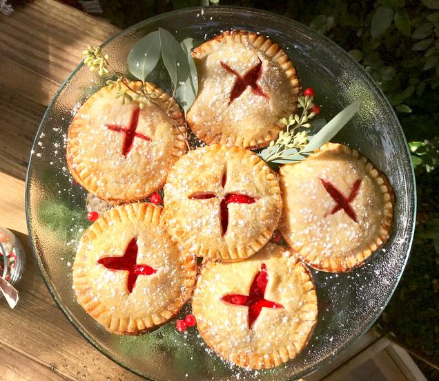 Quick & Easy Cherry Hand Pies