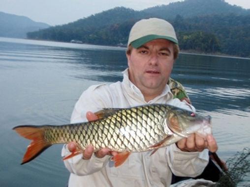 Jungle Perch / Eye Spot Barb / Pla Ksoop Tjoot / Pla Ksoop Noi / Hampala Dispar / catch by Thailand-Fishing.