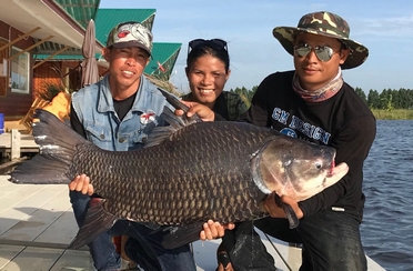 Enjoy fishing with TFF Team
