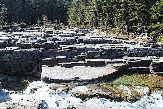 rocky-banks-of-stream-paula-daniels.jpg