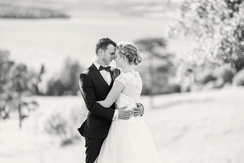 Bröllop i svartvitt