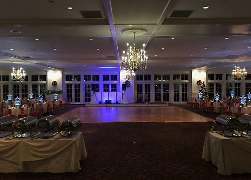 Holiday-Party-Ballroom-700x500.jpg
