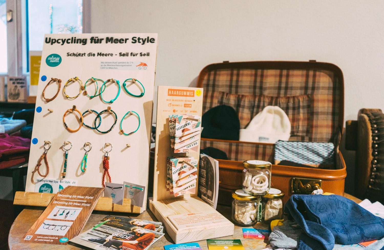 Faire Accessoires wie Armbänder, Haargummis und vieles mehr!