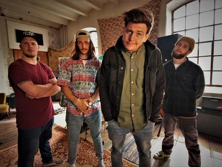 Rugged Roots Music –Gute Laune, catchy Sound und ein Zebra mit buntem Irokesen