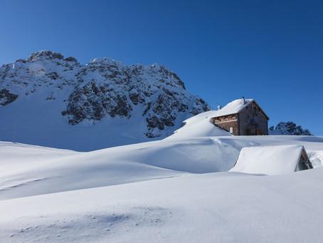 Winter(t)raum auf der Fiderepass-Hütte