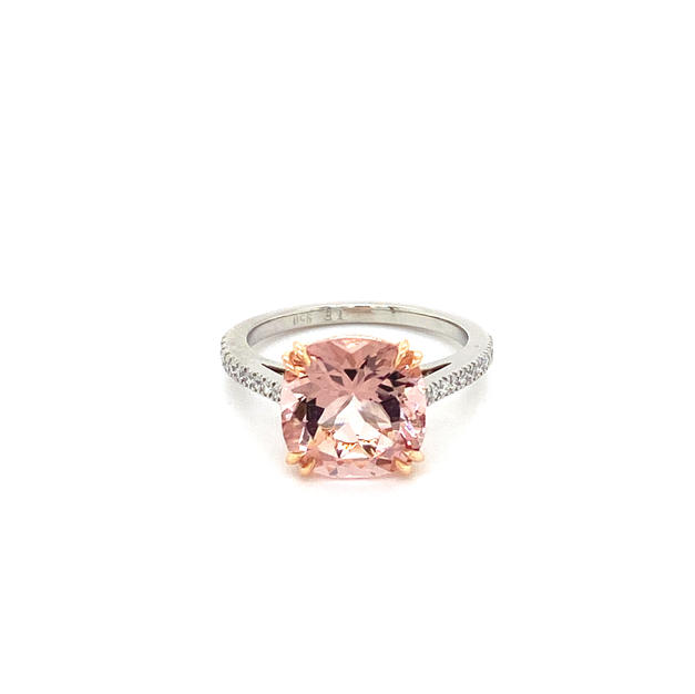 Morganite + Shoulder Diamonds