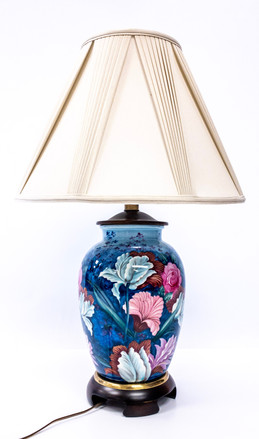 Decorative Hand Painted China Based Table Lamp.