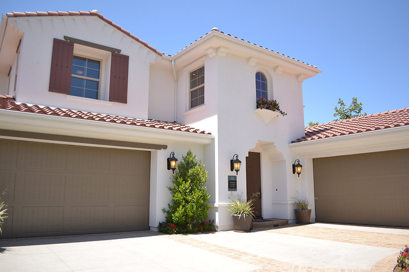 mediterranean style home with tile roof | Vogt's Hometown Roofing | Boerne San Antonio roofers