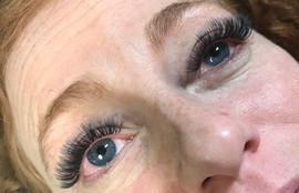 Eyelash Extension Extreme Volume