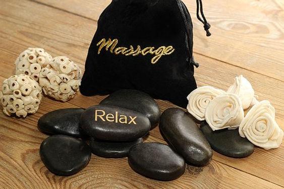 massage-3607837__340.jpg