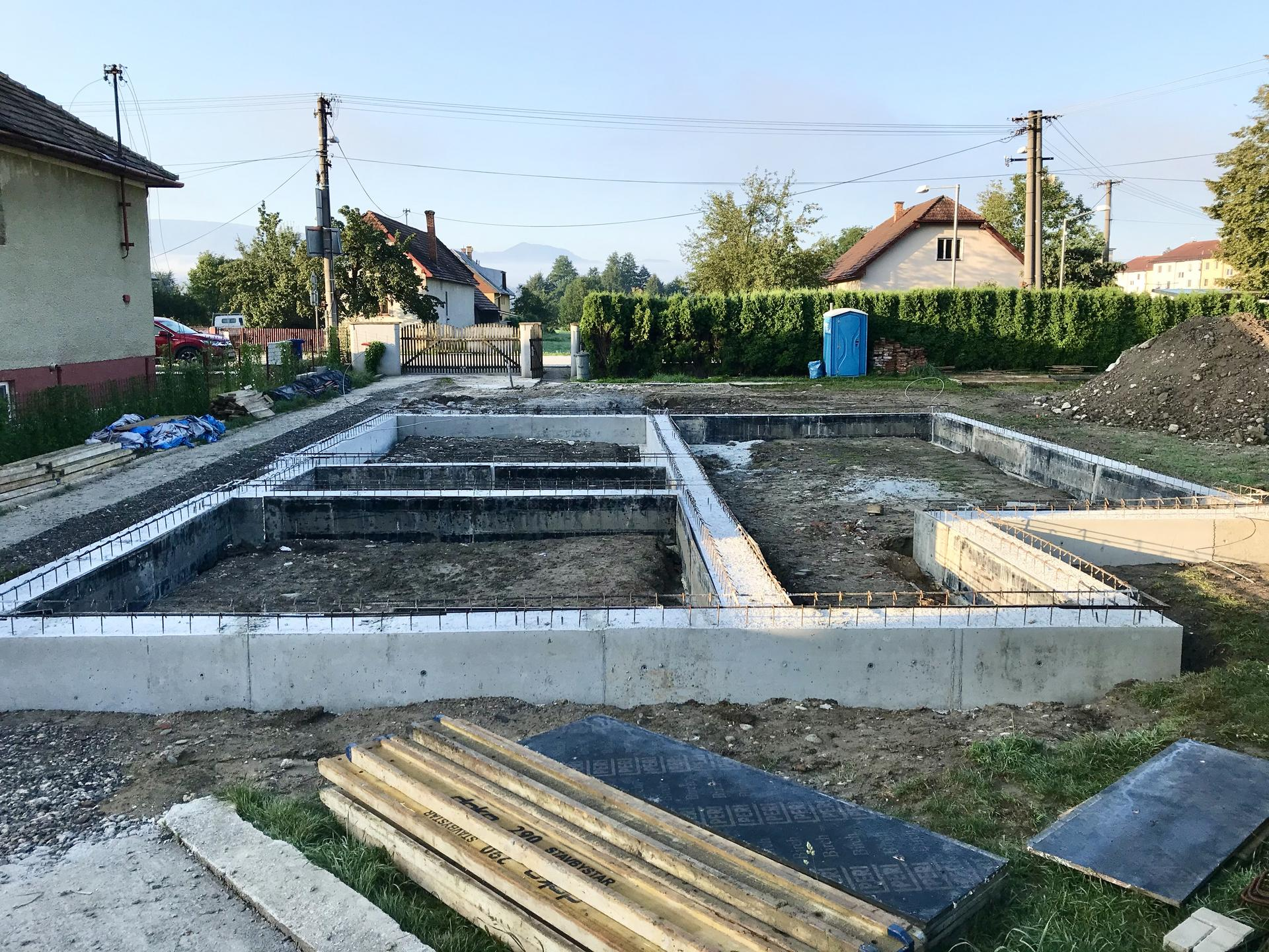 Polyfunkčný dom Teplička nad Váhom