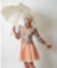 Veste originale fleurs et robe rose créateur