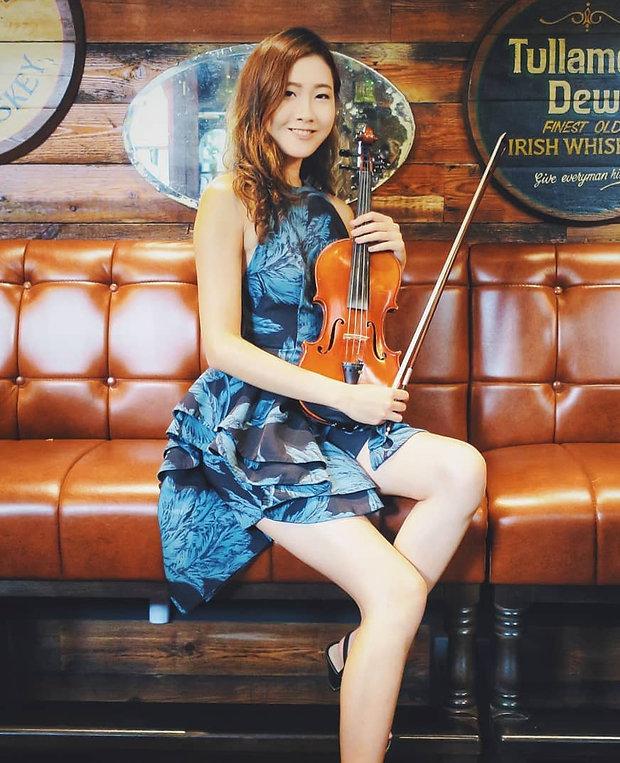 Jocelyn Violin.jpg