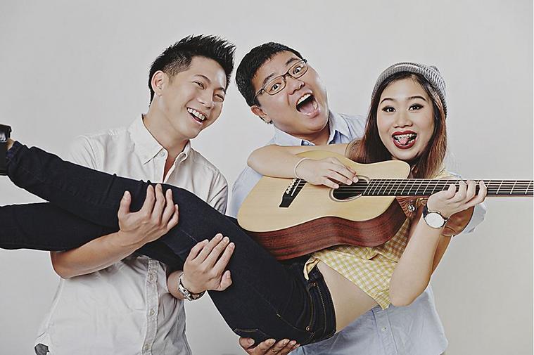 Trella Trio 2.png