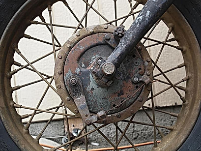 motorcycle-front-wheel-mature-harley-dav