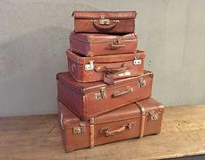 ancienne-valise-vintage-pyramide-cuir-de