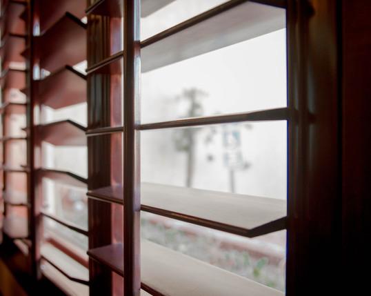 windowseal.jpg