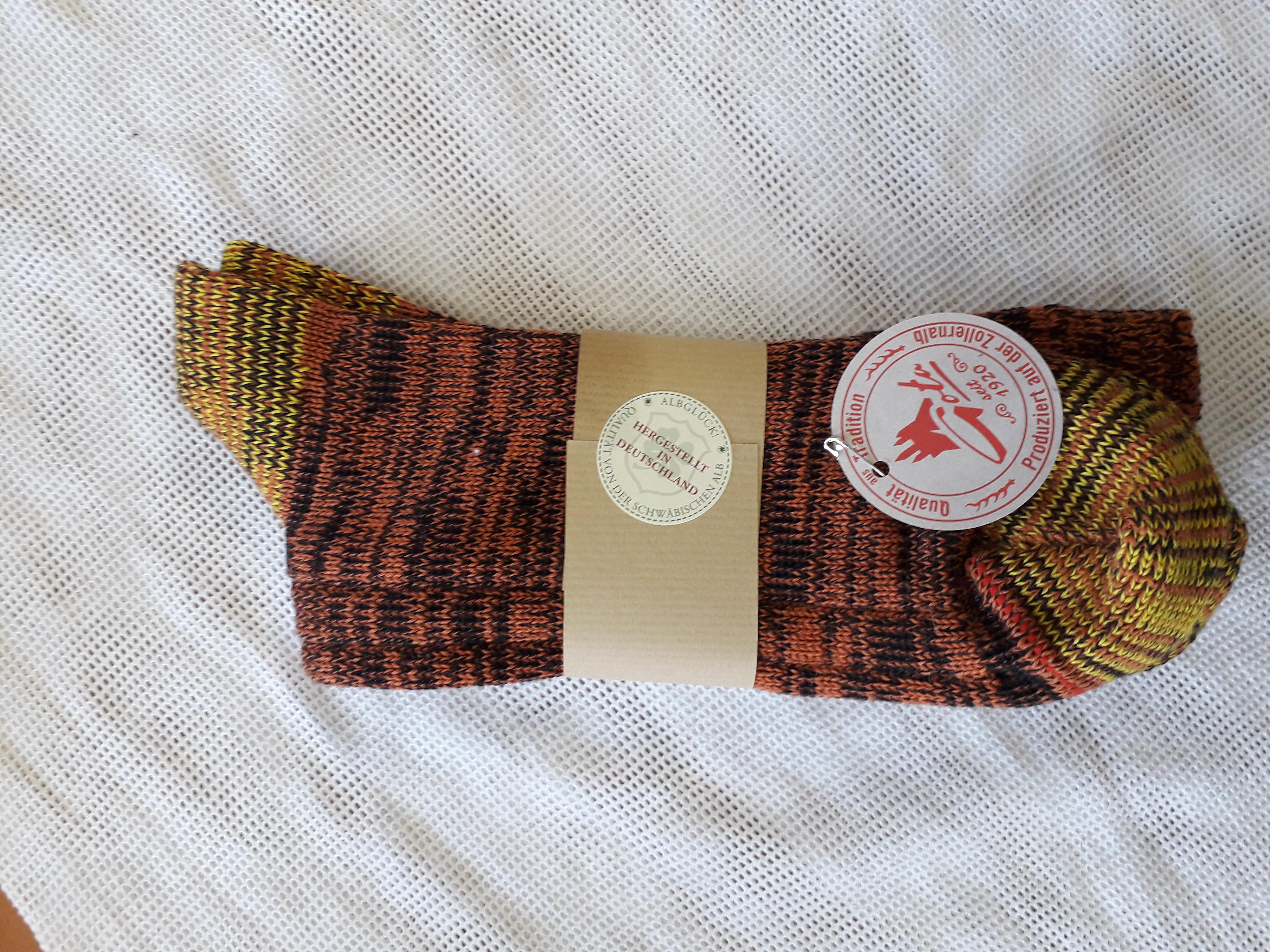 Socken aus 100% Wolle