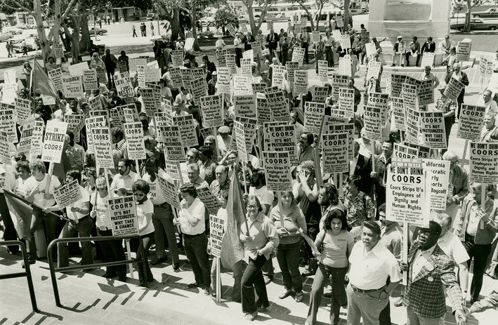 Coors Boycott Coalition protest supported by Teamsters Joint Council 42 and the Los Angeles County Federation of Labor, AFL-CIO. Los Angeles. 1978. Cliff Kalick Photography. AFL-CIO Still Images