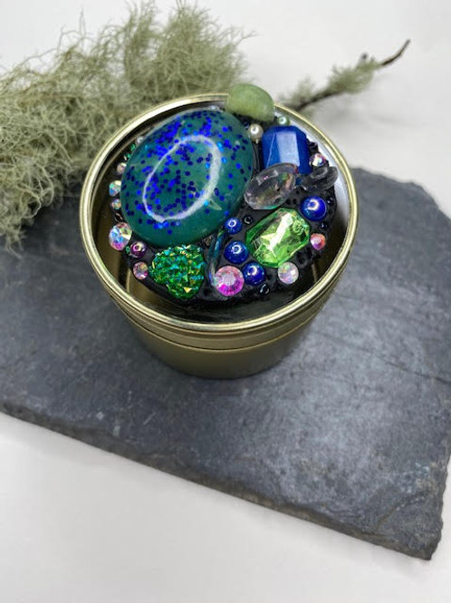 Gem Tin: Resin Butterfly Opal with Resin Stone Clusters & Diamante