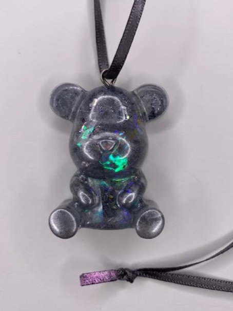 Resin Pendant: Teddy - Holographic Silver