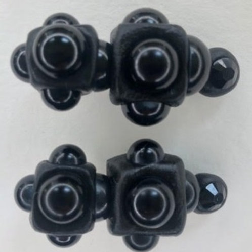 Clips: Black Atom (2pcs)