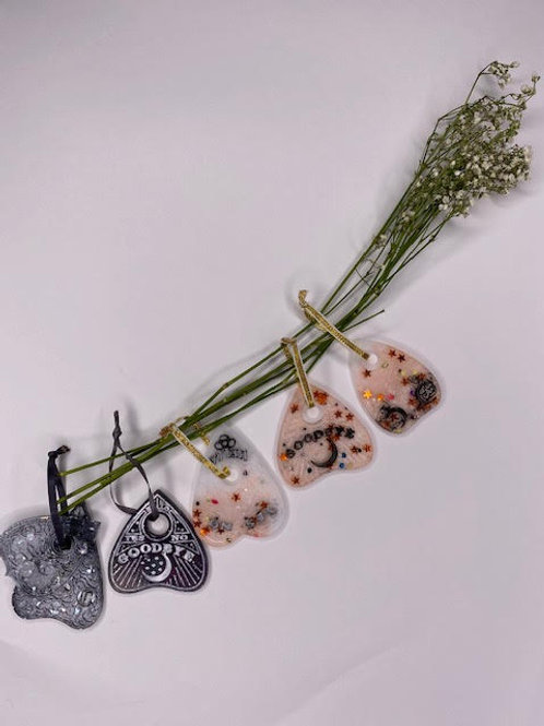 Gift Set: Christmas Collection -Creepmas Ouija Planchchette Tree Hangings (6pcs)