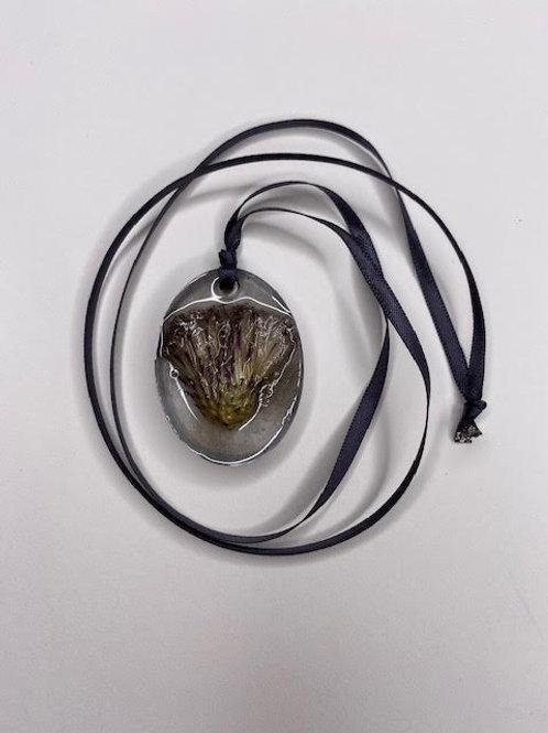 Resin Pendant: Scottish Thistle Shimmer Oval