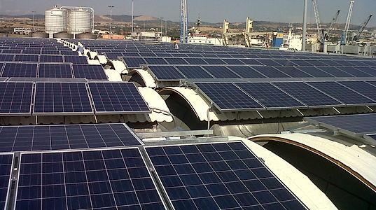 Port Utilities Fotovoltaico 2.jpg