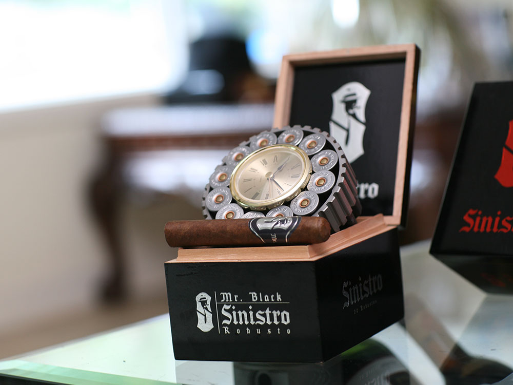 Mr.Black-Sinistro-Gun-Watch-Case