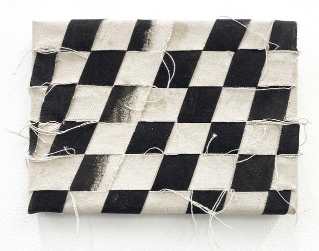 Dust, acrylic on canvas, 15 x 21 cm
