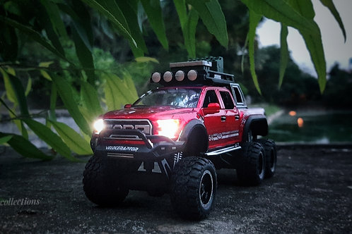Ford Raptor 1:24