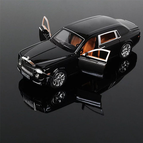 Rolls Royce Phantom 1:24 Scale Die Cast Pull Back Sedan with Blinking Lights
