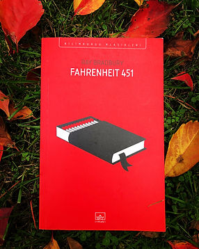 A Reader-Author Conflict:How We Disagree with Bradbury on Fahrenheit 451