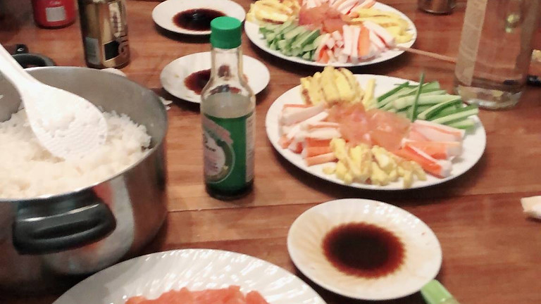 【Japanese traditional food events!】Hand roll sushi party!