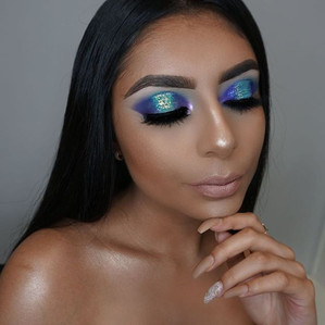 Aqua and purple halo eye ✨ #haloeyeshadow do you want to learn all the makeup techniques_ Ask for our upcoming courses  makeup details - _an