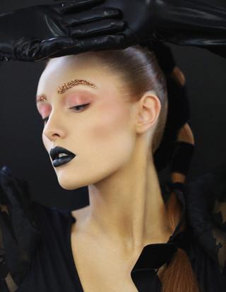 cleo dark lip