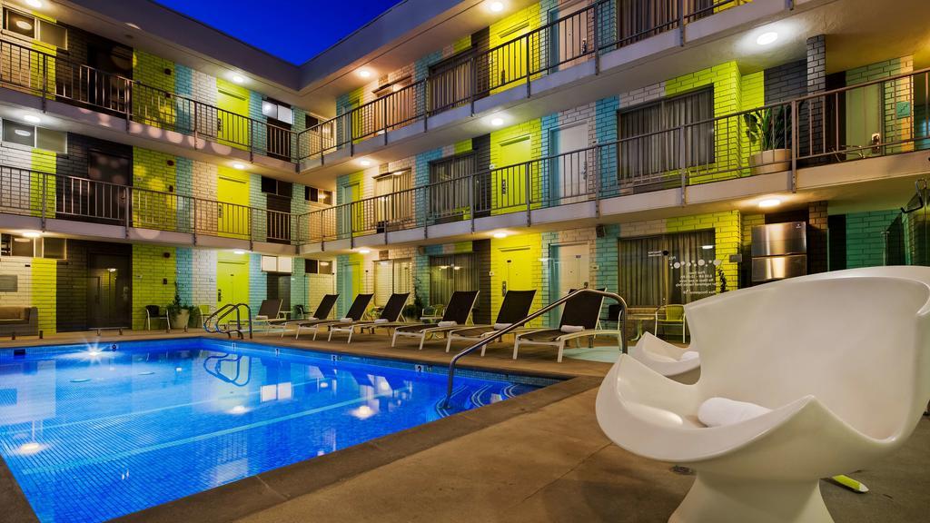 Best Western Plus Hollywood Hills Hotel.